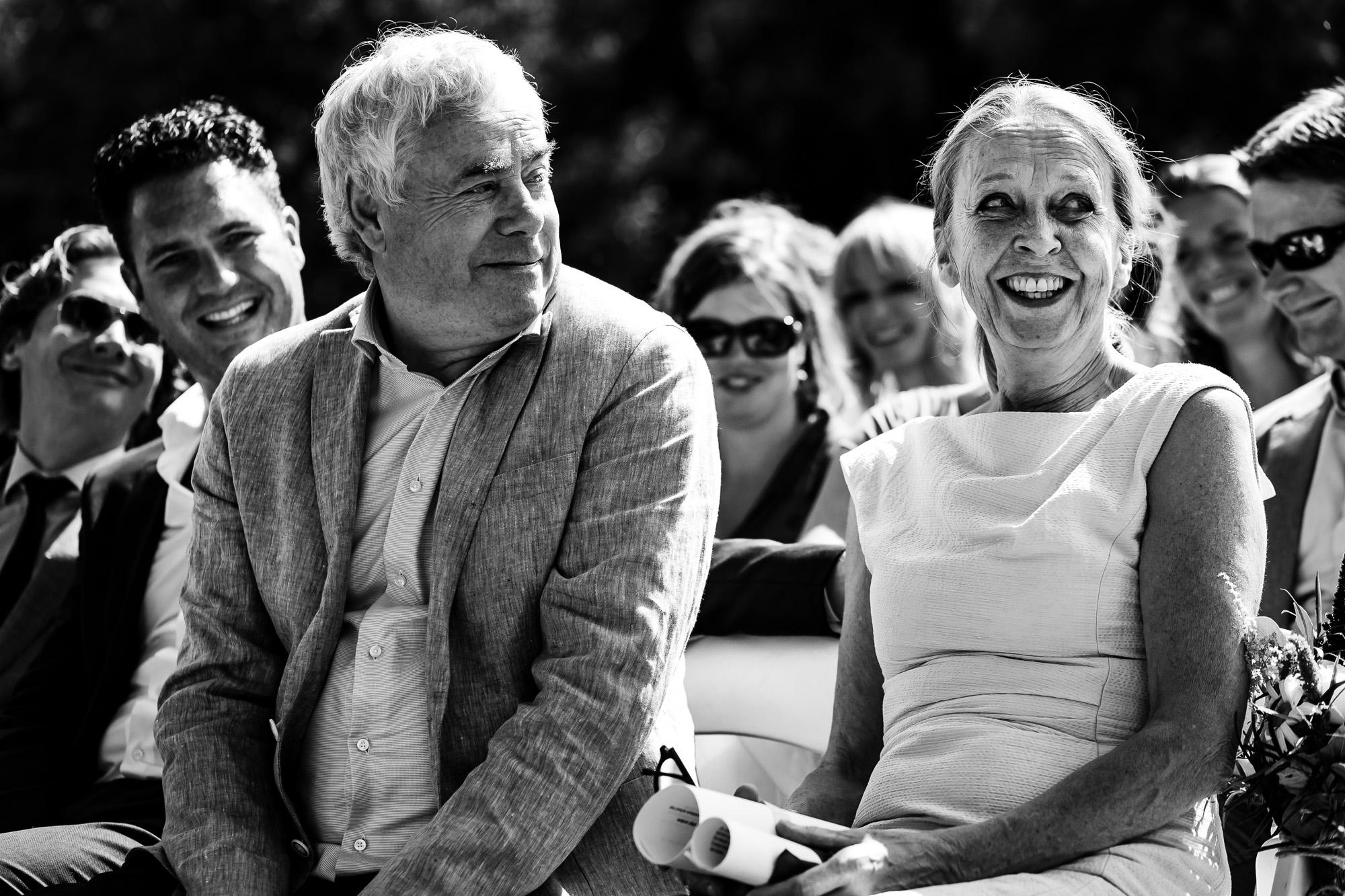 Bruiloft in een Hoeve    trouwfotograaf Let Me Tell Your Story
