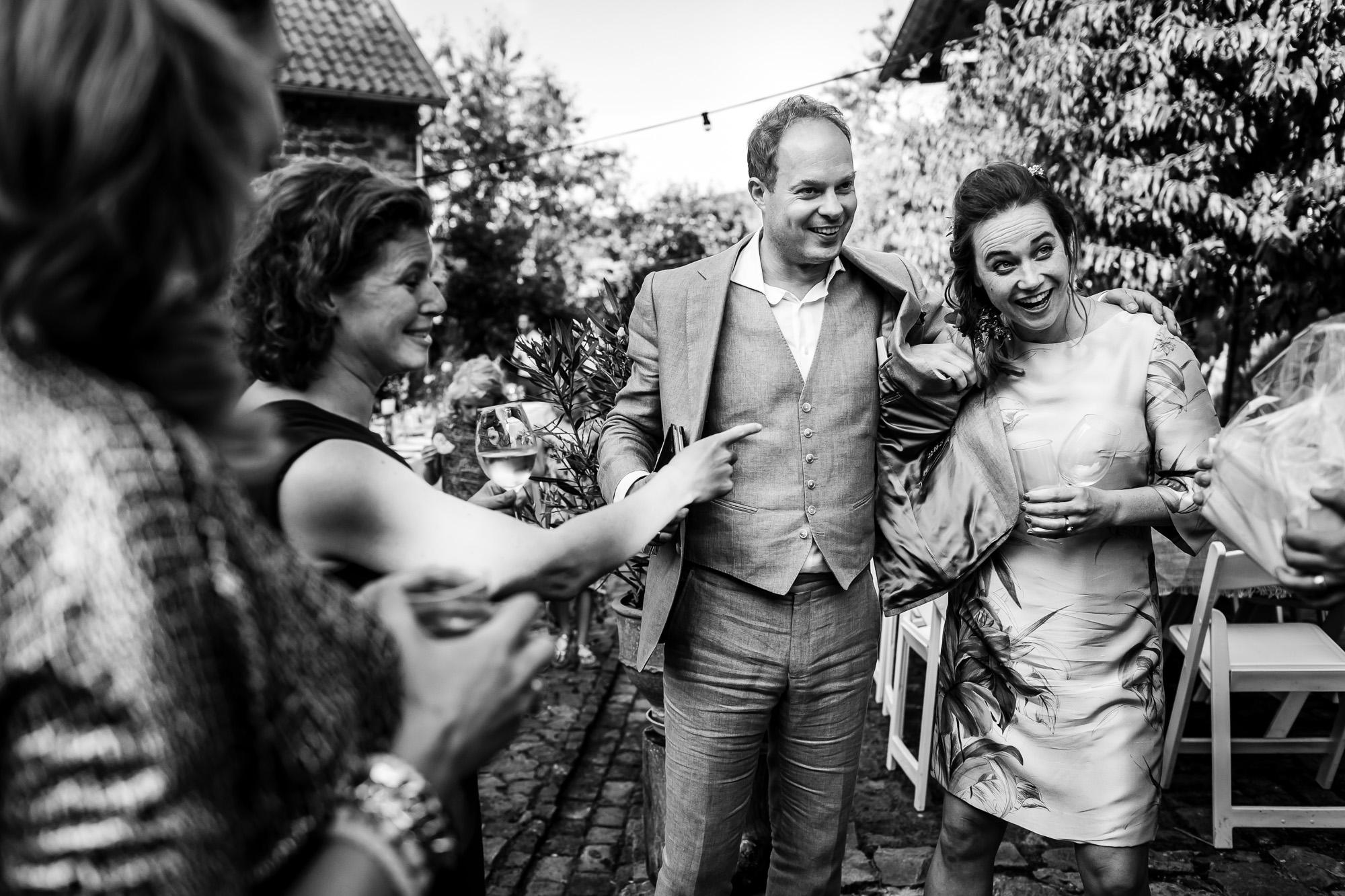 Bruiloft in Limburg   Bruidsfotograaf Limburg    trouwfotograaf Let Me Tell Your Story