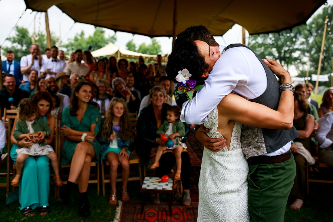 Bruidsfotograaf festivalbruiloft