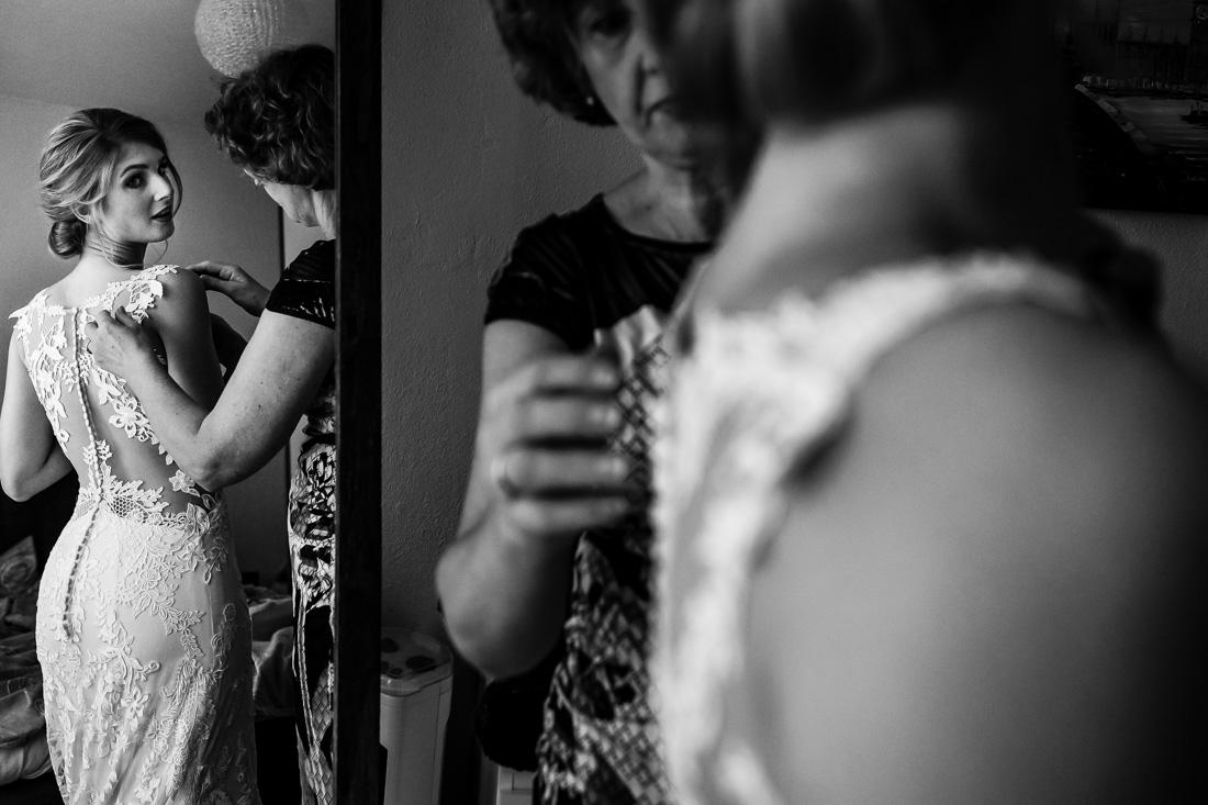 Trouwfotograaf Amersfoort | Zwart wit trouwfoto | Trouwfotoshoot