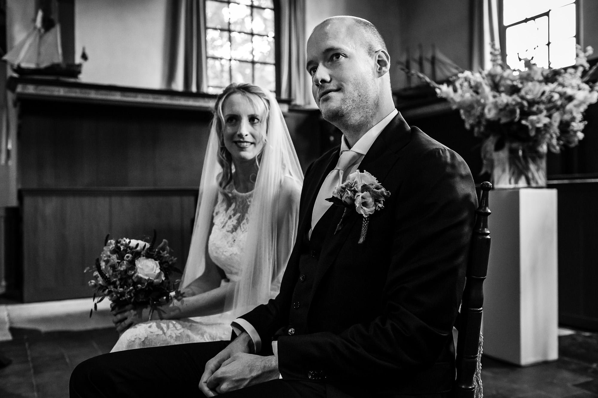 Trouwen op Vlieland | Bruidsfotograaf Friesland | Ongeposeerde bruidsfotografie | Trouwen op de wadden | Let Me Tell Your Story