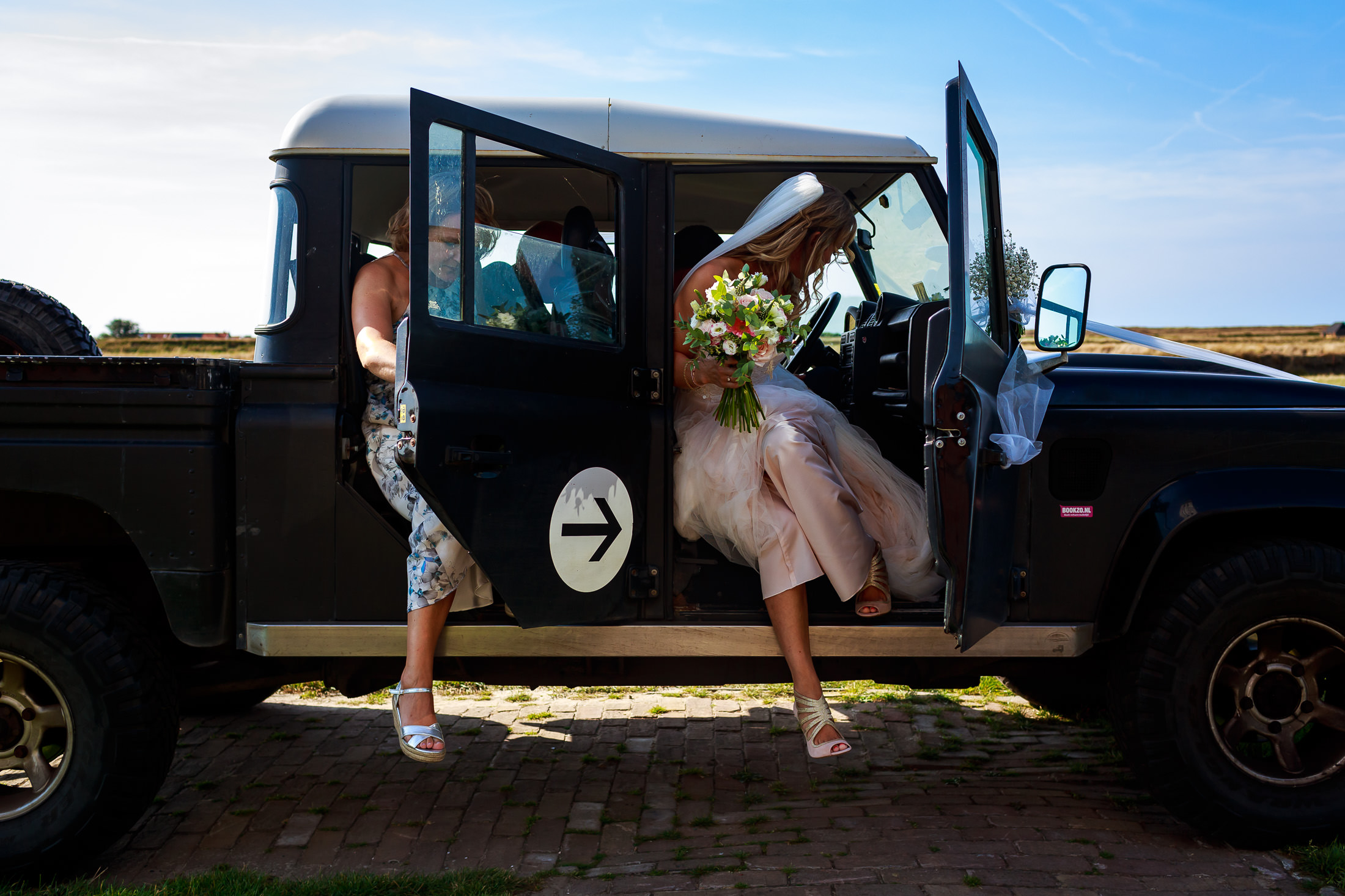 Trouwen op een eiland | Ongeposeerde trouwfotografie | Trouwfotograaf Noord-Holland | Bruidsfotograaf | Bruidsfotografie
