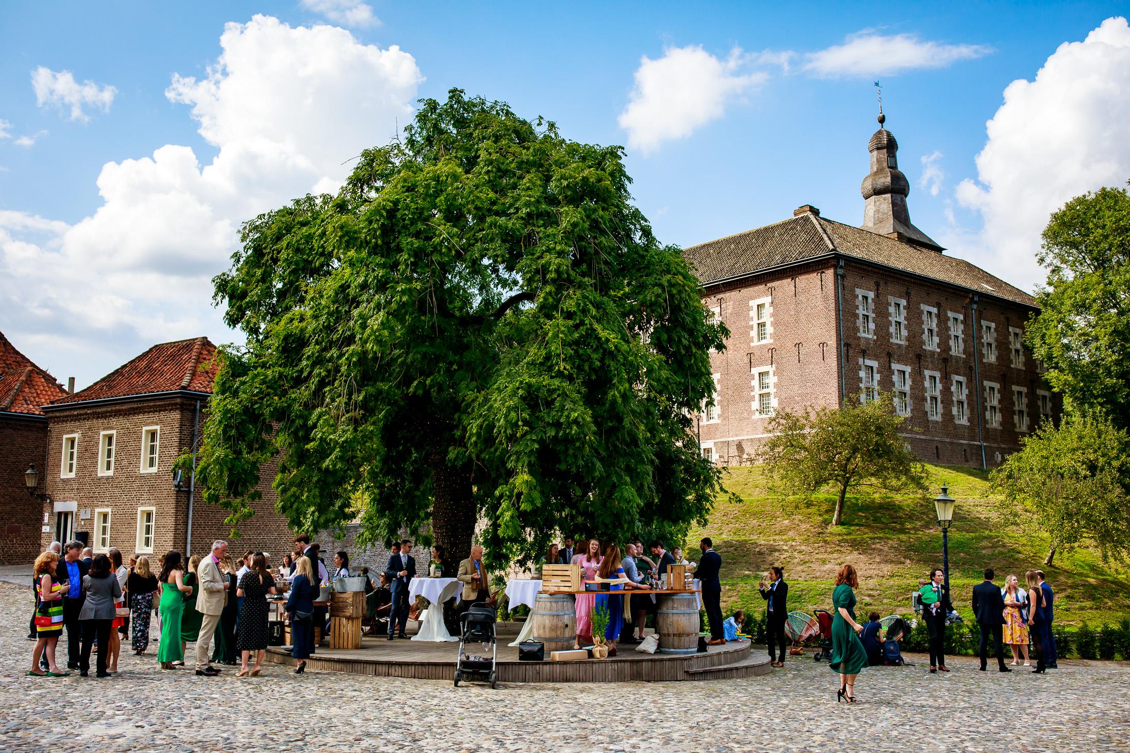 Trouwen bij Kasteel Limbricht   Trouwen in Limburg
