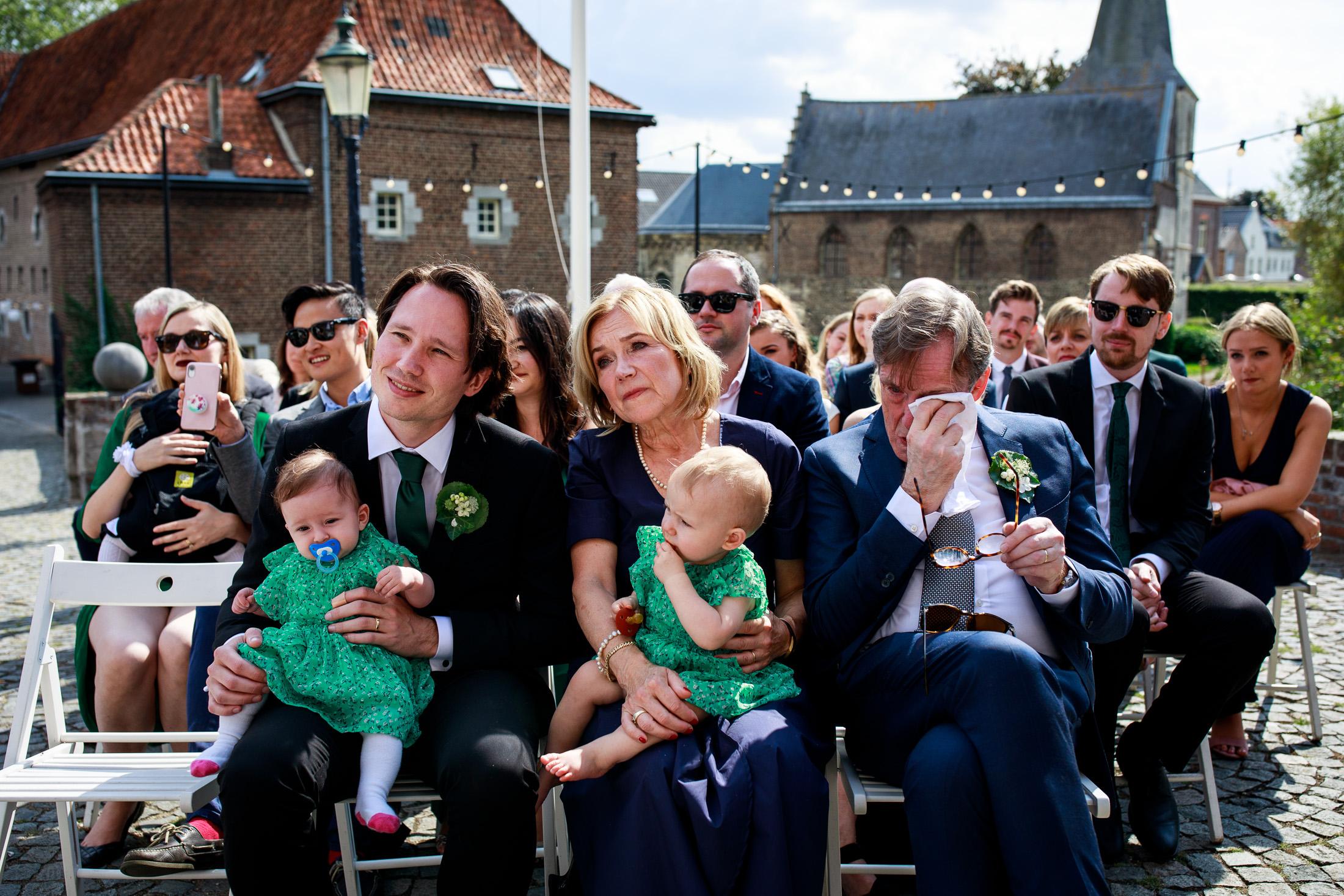 Trouwen bij Kasteel Limbricht   Trouwen in Limburg   Trouwfotograaf Limburg
