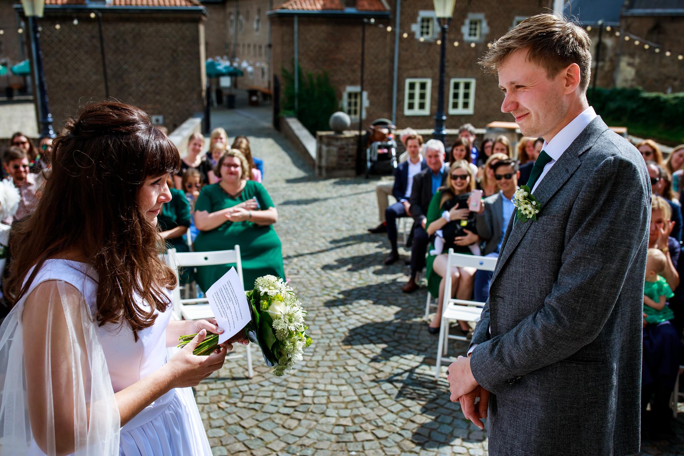 Trouwen bij Kasteel Limbricht   Trouwen in Limburg   Trouwfotograaf Limburg   Trouwceremonie